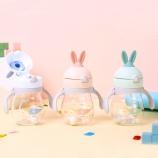 320ML韩版趣乐萌兔儿童吸管杯双手柄弹跳盖宝宝塑料杯