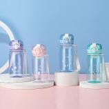 430ML卡通熊兔派对弹跳盖塑料杯带茶隔便携手提杯子