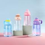 1200ML干饭熊大容量塑料杯可爱便携学生吸管水杯