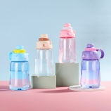 1500ML干饭熊大容量塑料杯可爱便携学生吸管水杯