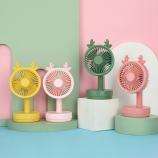 小鹿台式风扇可调节学生宿舍办公室便携式桌面立式台扇